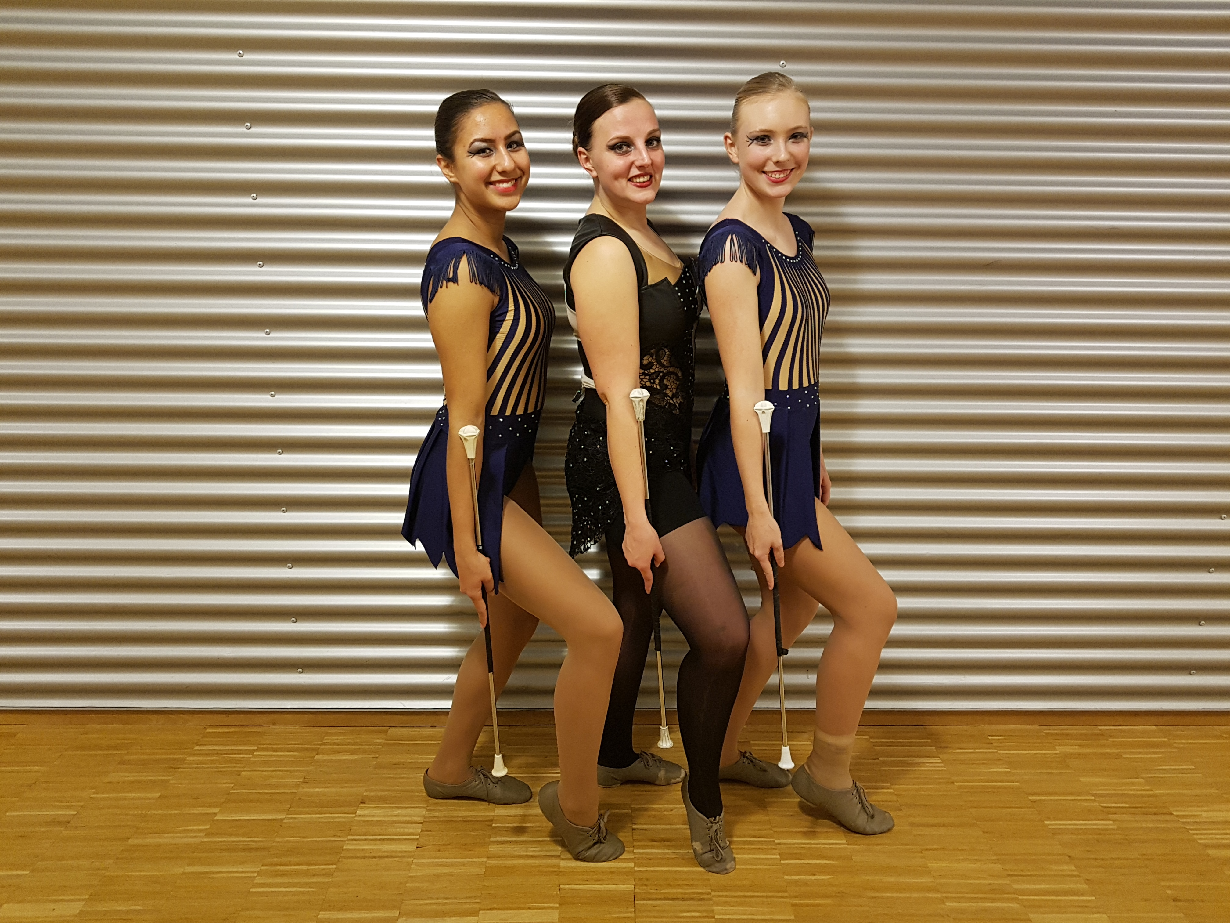 Van links naar rechts: Kiné Poetoehena, Simone Didden en Naomi Tuinstra. (FOTO: AANGELEVERD)