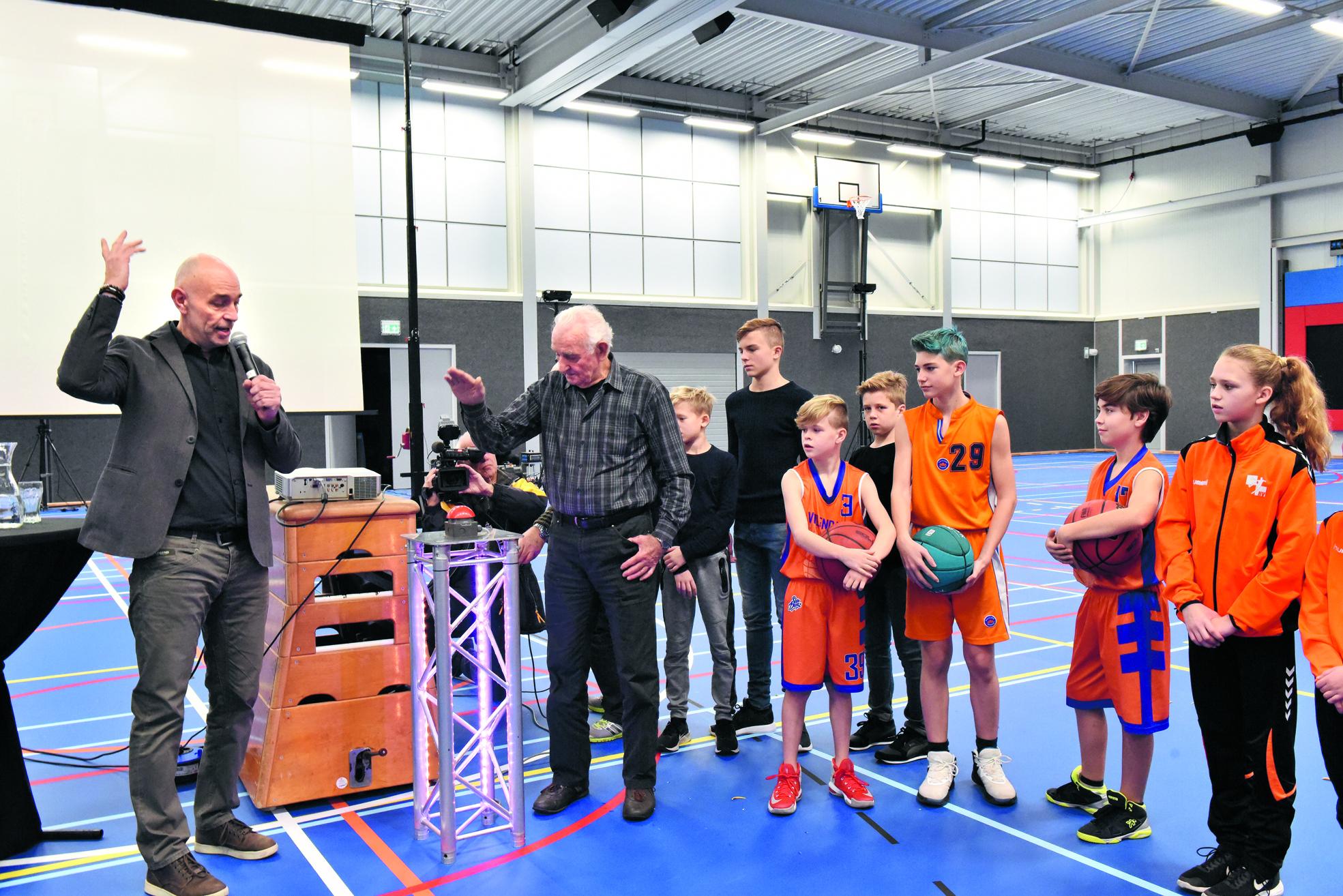Sporthal De Seinpaal feestelijk geopend