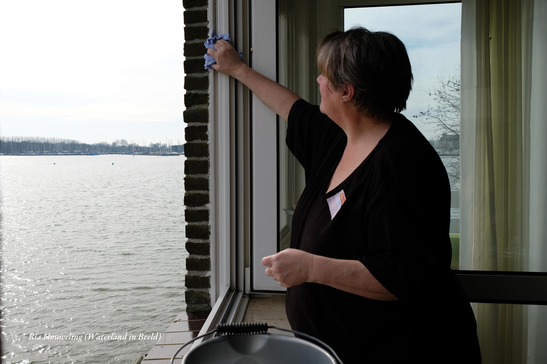 Gezellig samen aan de slag voor NL Doet. (Foto: Ria Houweling-Bouwman)  rodi.nl © rodi