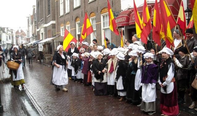 Altijd een mooie gezicht op 1 april: De Geuzenkinderen en de Vaandeldragers