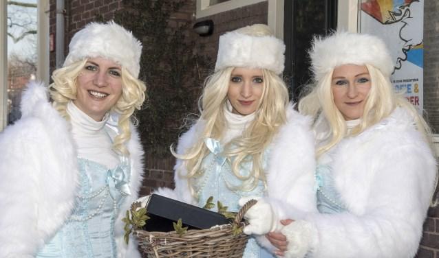 Deze mooi geklede dames zongen op prachtige wijze 'Ave Maria'