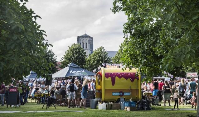 Een Toost Foodtruckfestival staat voor een dynamische, tijdloze tijd met elkaar (Foto: Jos Uijtdehaage)