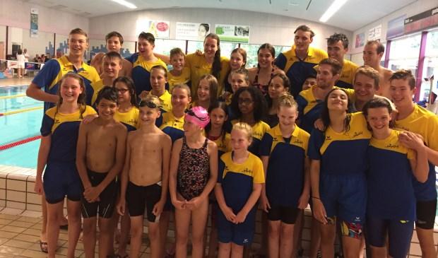 De wedstrijdzwemmers van De Kempvis.