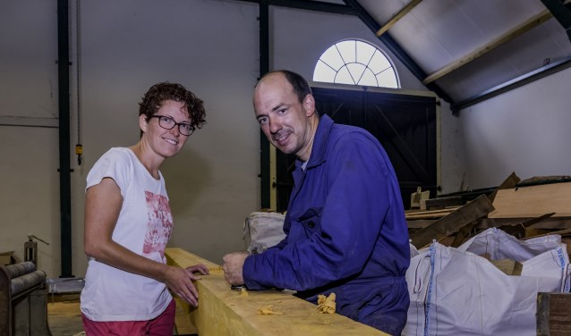 Jan en Jolieke zijn de nieuwe eigenaren van de molenmakerij.