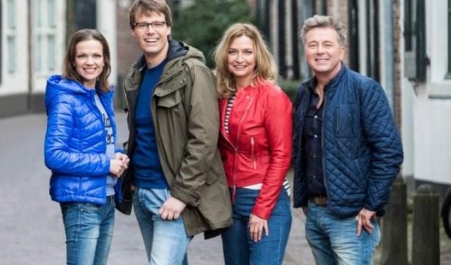 Presentatoren Bert, Hella, Mirjam en Henk gaan op pad in Monster.