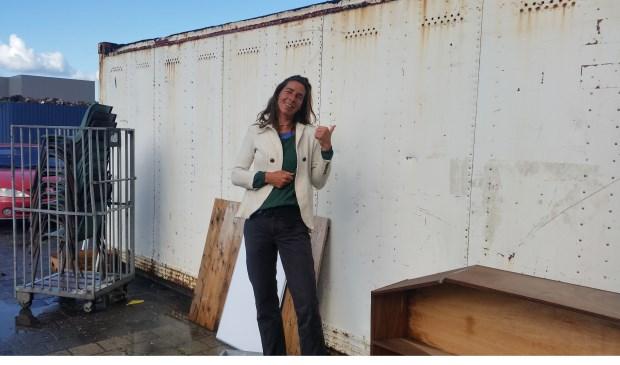 Oud-vrijwilliger Ann Dalderup heeft een nieuwe lay-out van het voorterrein ontworpen.