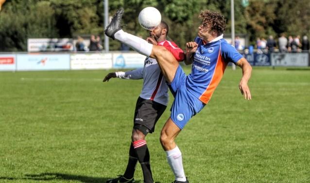 Zuidland kwam in de tweede districtsbekerwedstrijd tegen eersteklasser Brielle knap tot 1-1.