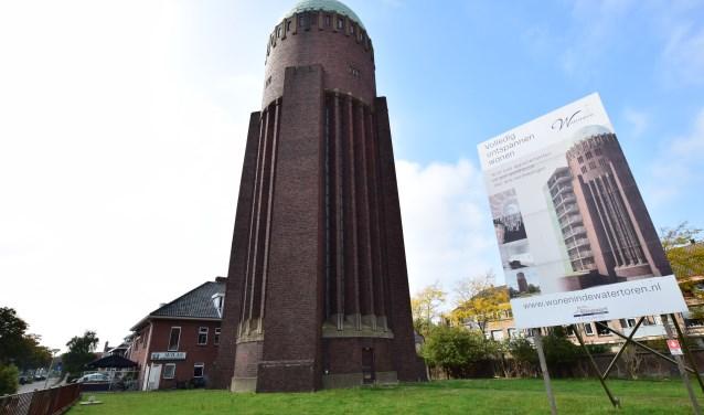 De Naaldwijkse watertoren. (Foto: Fred v/d Ende)