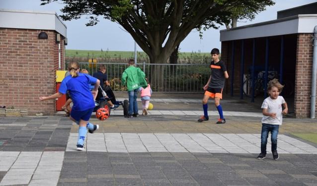 Den Bommel is heel goed op weg en ontving daarom deze week het officiële Jenaplan school logo.