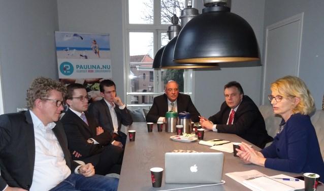 Programmamanager Marita Dogterom praatte de SGP-ers bij.