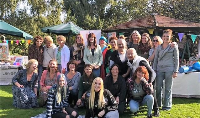 Opvallend is dat alle deelnemende ondernemers vrouwen zijn met overduidelijk hart voor hun werk. (foto: Matie Almekinders)