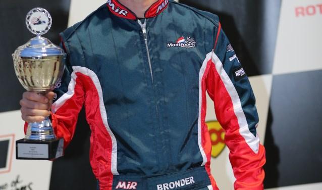 De Rockanjese kartcoureur Giel Bronder werd Nederlands kampioen in de DD2-klasse. * Foto: Michael Melis.