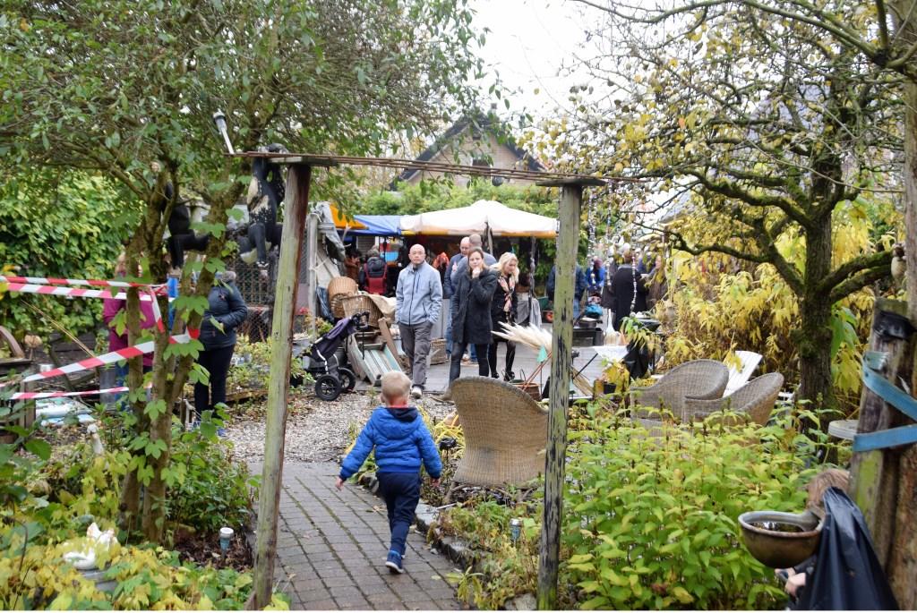 Wandelen door een dwaaltuin vol verrassingen Foto:  © GrootHellevoet.nl
