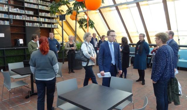 Een werkbezoek van de gemeenteraad in het kader van een 'inspiratiemiddag bibliotheek' en 'laaggeletterdheid'.