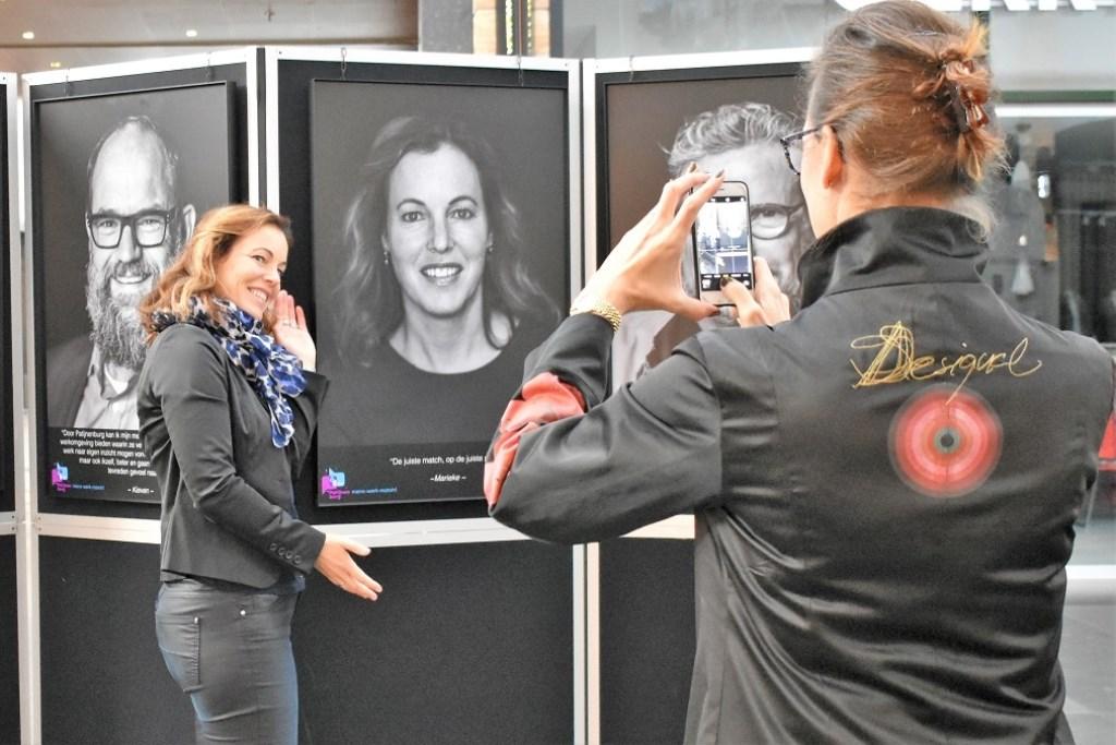 Om het jubileum te vieren zijn medewerkers van Patijnenburg geportretteerd.  © Groot-Westland.nl