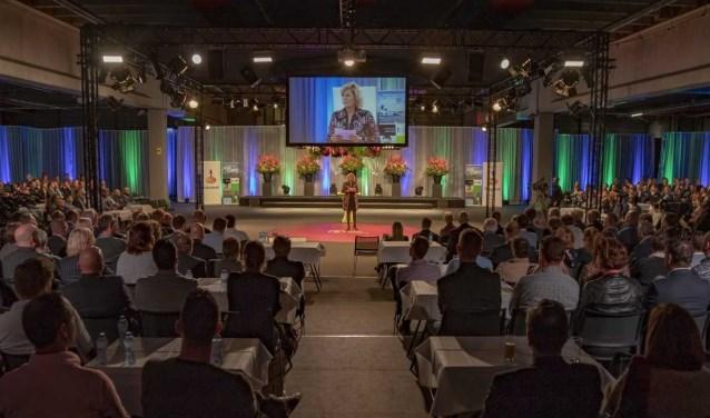 """Ook de interactieve kaart innovaties Westland werd gepresenteerd. Wethouder Zwinkels: """"De innovatiekracht in onze sector en de ontwikkelingen die daarbij horen, mogen gezien worden, letterlijk en figuurlijk."""""""