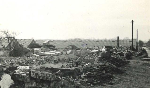 De aanleg van de Duitse verdedigingslinie leidde tot een grootscheepse evacuatie van bewoners en tot afbraak van veel woningen.