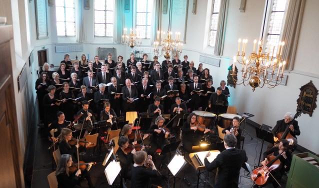 15 december zal COV Laudando het koorwerk van Händel uitvoeren in de Grote Kerk aan de Ring in Middelharnis. (Foto: Roel den Engelsman)