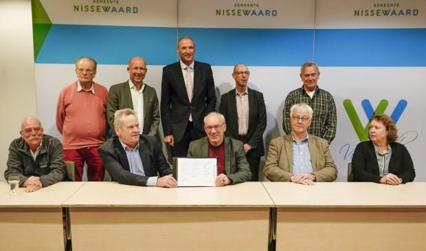 Tien partijen ondertekenden de prestatieafspraken.