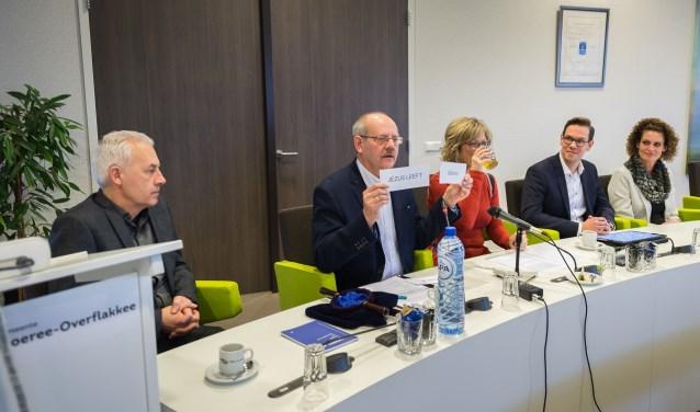 De partij 'Jezus Leeft' van Wim Nagtegaal kreeg nummer 9 door loting. (Foto Wim van Vossen)