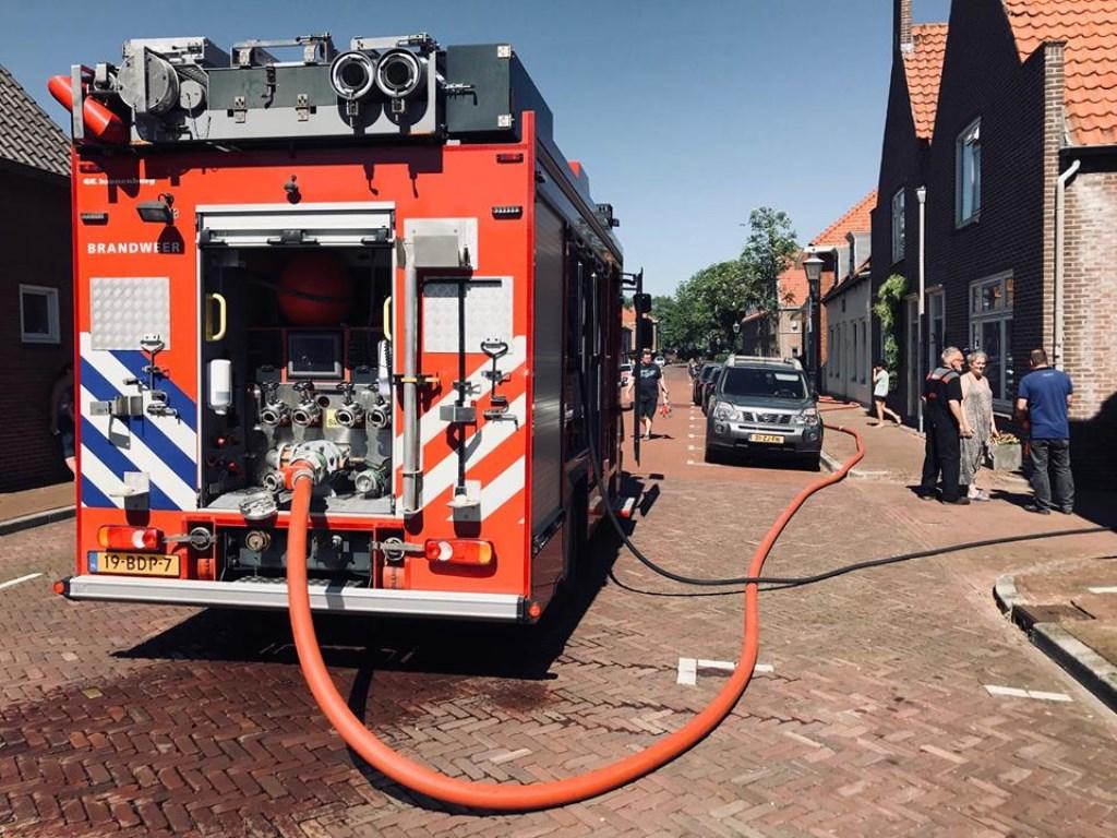 Foto: Brandweer Zwartewaal © BrielsNieuwsland.nl