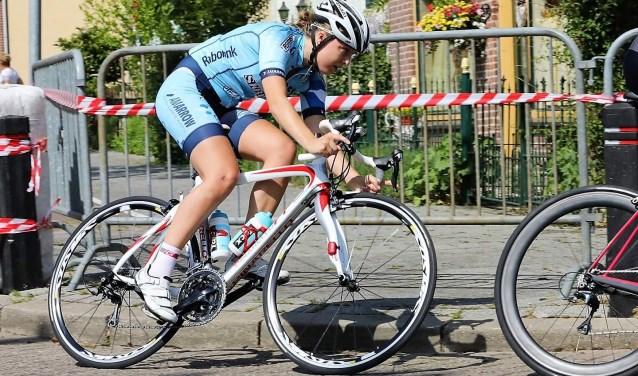 De Abbenbroekse Mariska Kruidenier  rijdt zaterdag een thuiswedstrijd.
