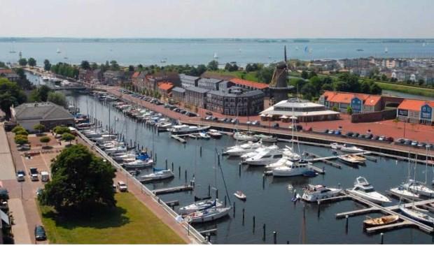 Particuliere of gemeentelijke jachthavens?