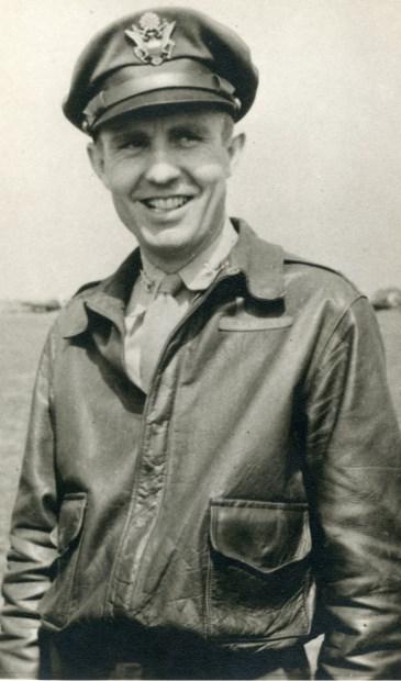 De 28-jarige kolonel van de Amerikaanse luchtmacht genaamd Arman Peterson. (foto: WO2G0)