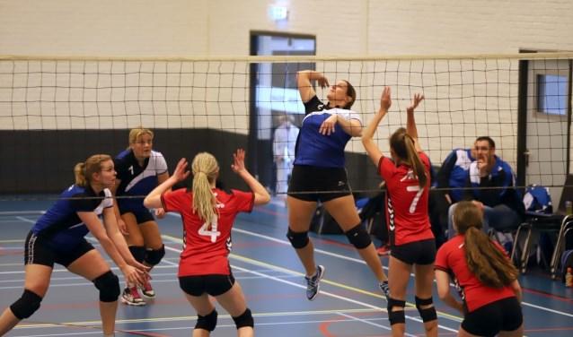 De dames van Bernisse hadden zaterdag geen kind aan het Rozenburgse Vovero. Het werd 4-0.