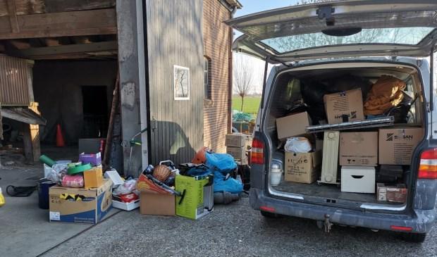 Eens in de twee weken vinden de ophaaldagen plaats en worden alle spullen direct gesorteerd