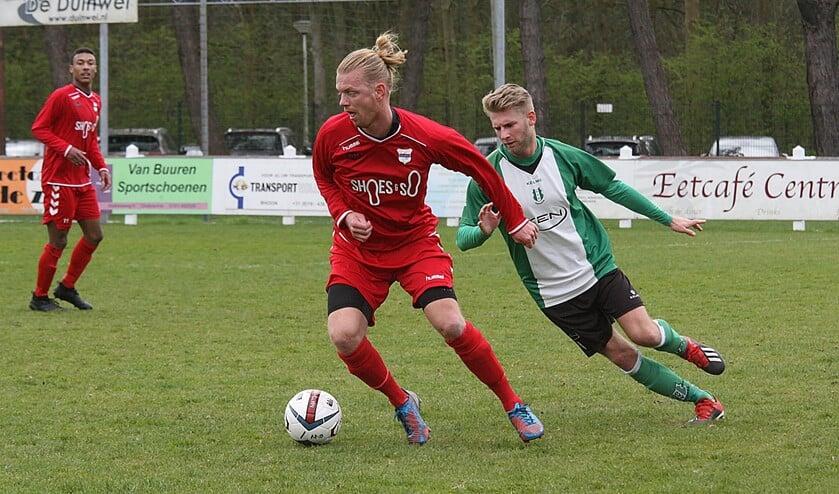 SC Botlek ging zaterdag bij OVV in Oostvoorne onderuit. Het team van Arjan Vuik verloor met 2-0. Fotografie: Wil van Balen
