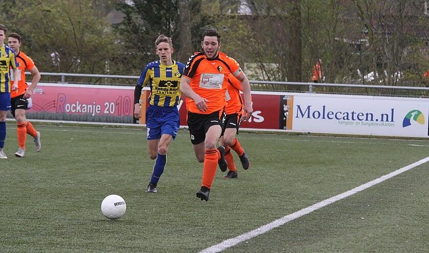 Sven Groenenboom was een van de doelpuntenmakers van Rockanje. (Foto: Wil van Balen).