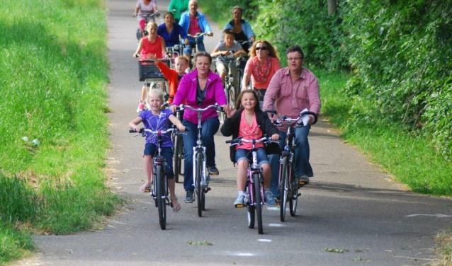 Samen fietsen door de omgeving van Hellevoetsluis