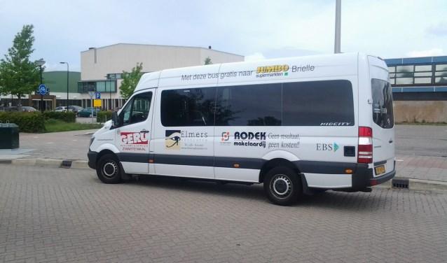 De buurtbus brengt u graag naar de bibliotheek in DukdalfBres