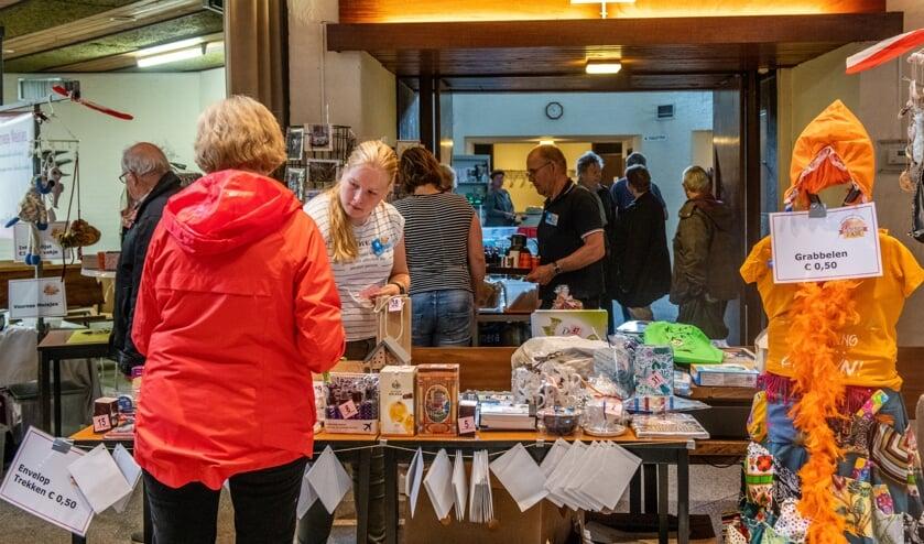 Code oranje hield de fair van de Welkomkerk afgelopen zaterdag niet tegen. (Foto: Jos Uijtdehaage).
