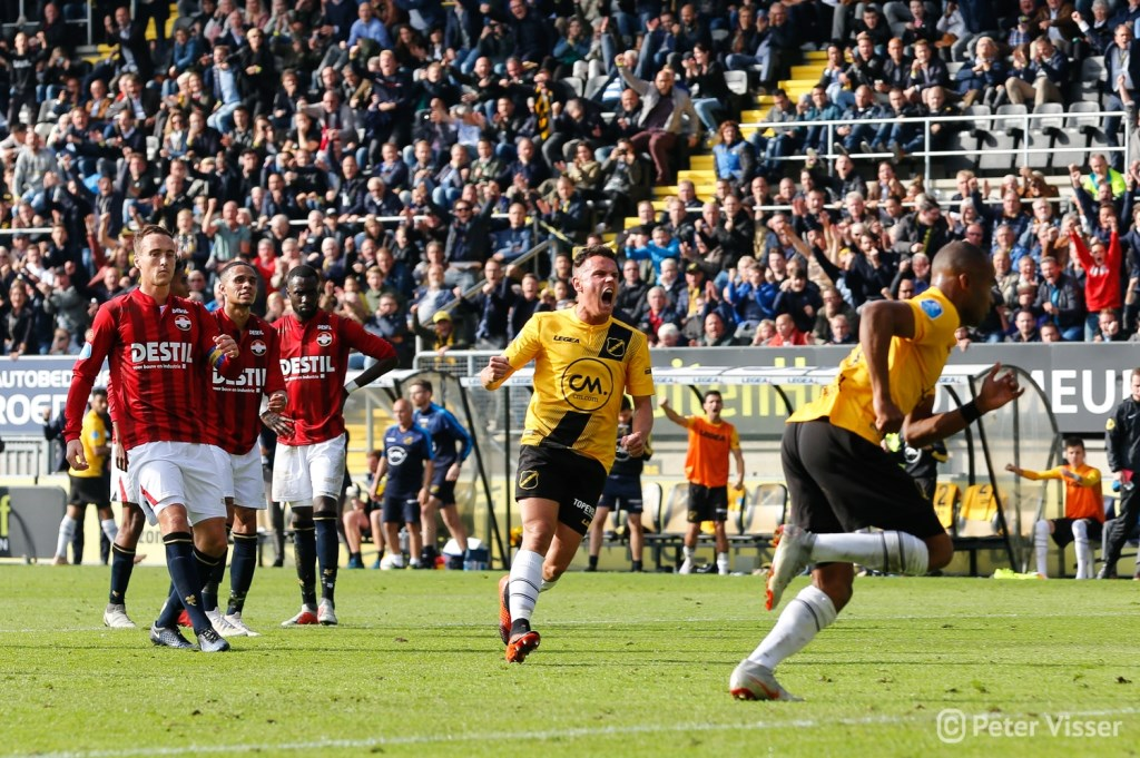 NAC en Willem II speelden zondag 21 oktober met 2-2 gelijk. Foto: Peter Visser © BredaVandaag