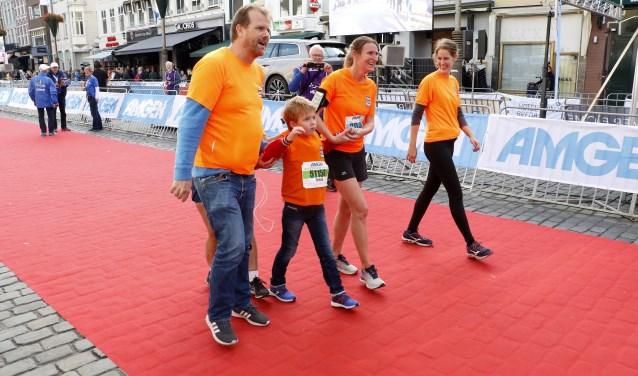 Team Bram: lopen voor het goede doel. Foto: Wijnand Nijs © BredaVandaag