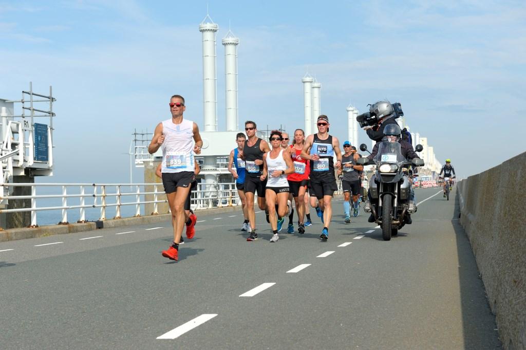 De kustmarathon werd op zaterdag 7 oktober gerend.  Foto: ANNET EEKMAN © Internetbode