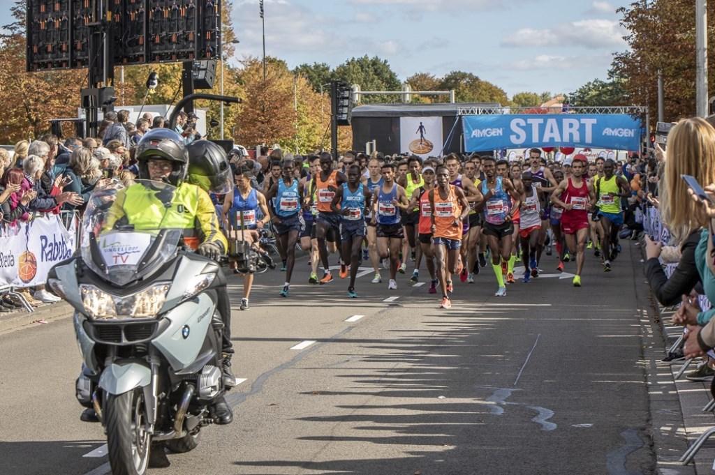 De Bredase Singelloop was weer een waar hardloopfeest op zondag 7 oktober. Foto: Stadsfotograaf Breda © BredaVandaag