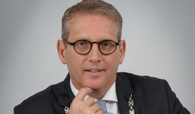 foto-column-burgemeester-ruud-van-den-belt-e1512649940101