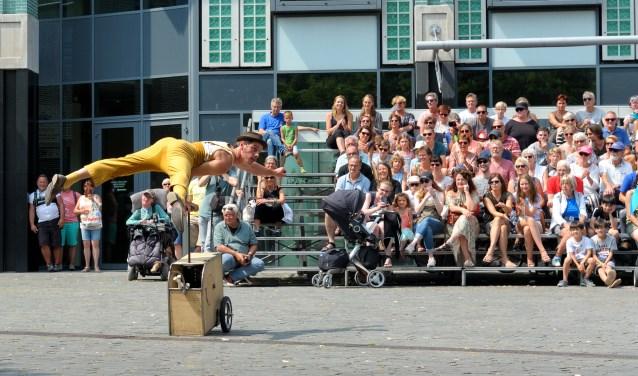 Evenementen, zoals Festival Onderstroom, trekken bezoekers naar de binnenstad. FOTO ANNET EEKMAN
