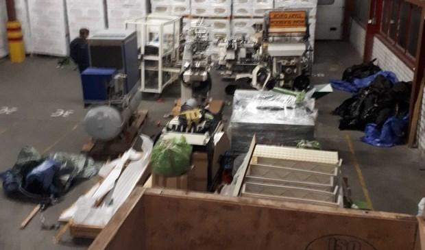 De loods waar de materialen werden aangetroffen.