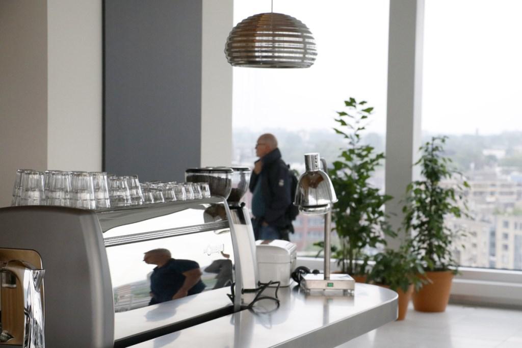 Koffiebar Gerechtsgebouw Breda Foto: Wijnand Nijs © BredaVandaag