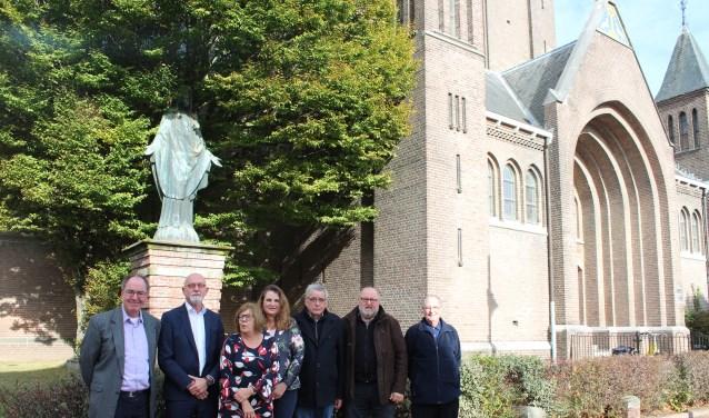 Voor behoud van het kerkgebouw gaan parochiebestuur, Werkgroep Behoud Gummaruskerk en gemeente Steenbergen samen aan de slag