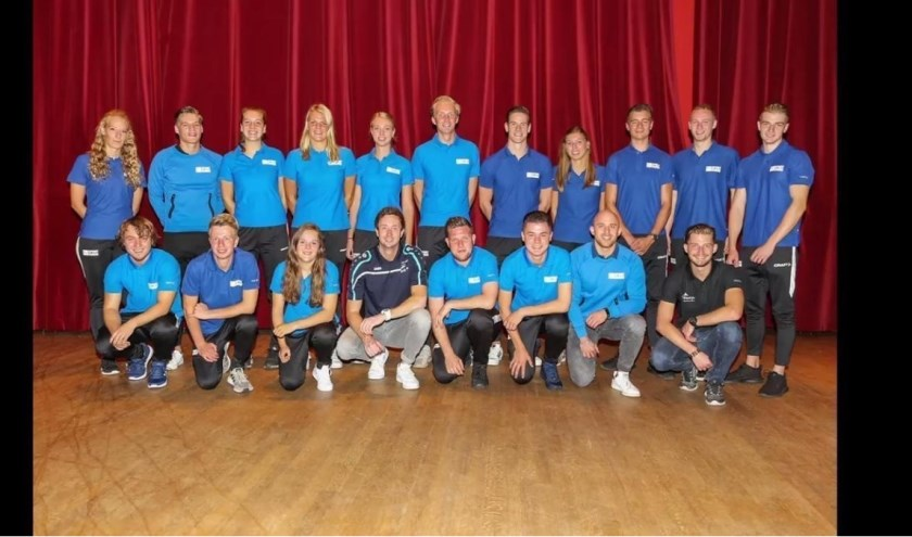 Bijna twintig studenten van de sportopleiding helpen een handje mee in Roosendaal