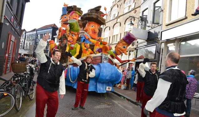 Grote optocht tijdens carnaval 2018