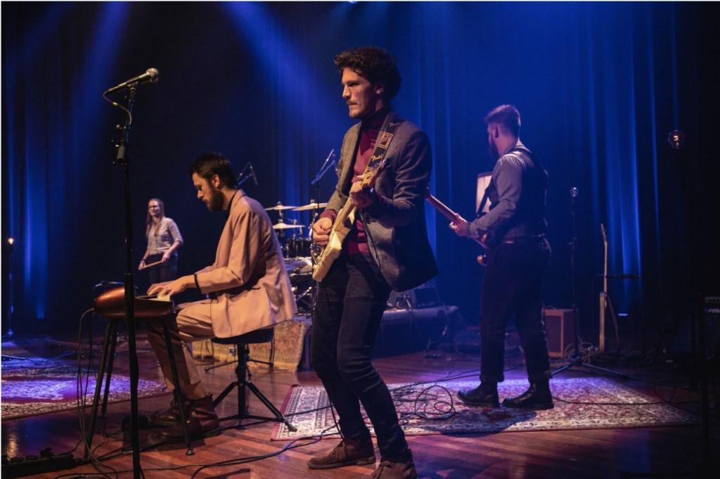 Het eendaagse festival is succesvol verhuisd van Mezz naar de MK2zaal door het vertegenwoordigende muzikale talent een goedbezocht podium te bieden. Foto: Jesse Bolle © BredaVandaag