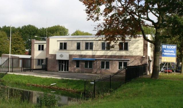 Het voormalige politiebureau aan de Vlaanderenstraat.