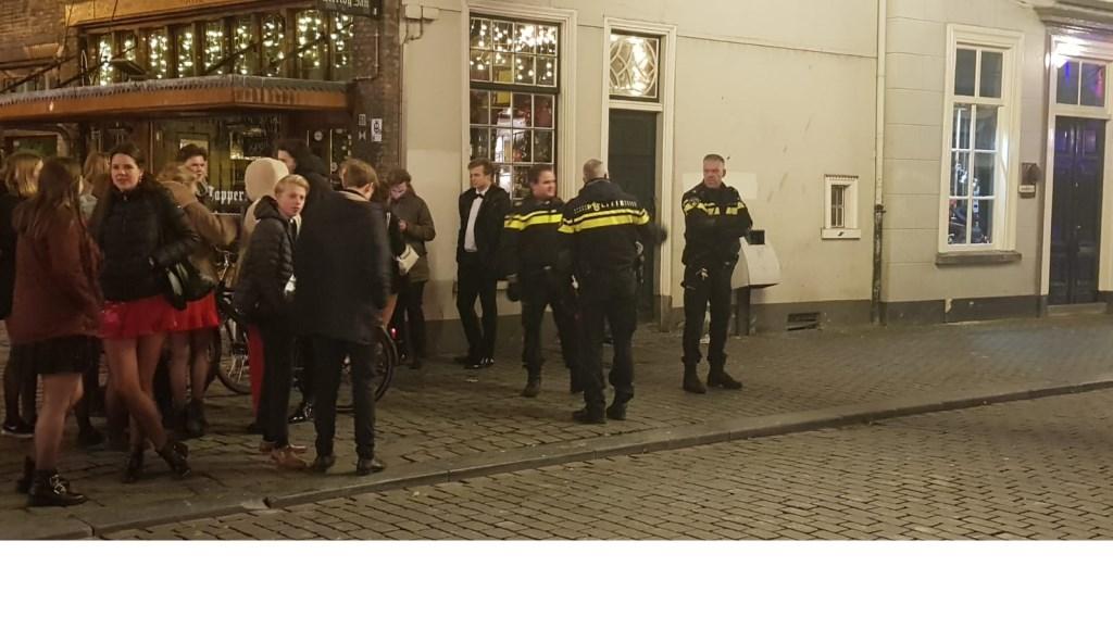 De politie heeft de Reigerstraat afgezet. Foto: BredaVandaag © BredaVandaag
