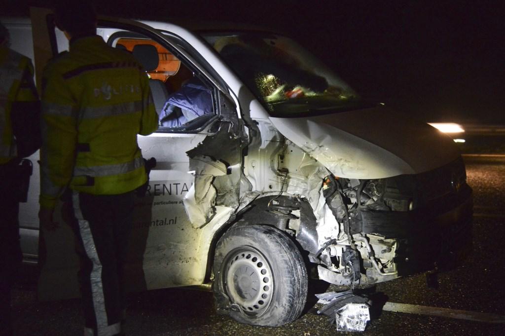 De auto's raakten zwaar beschadigd.  Foto: Perry Roovers © Internetbode